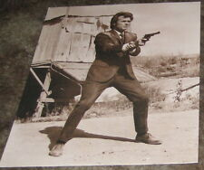 CLINT EASTWOOD DIRTY HARRY PHOTO 11 BY 14 PHOTO W/GUN