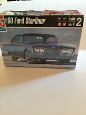 Amt/ertl 1960 Ford Starliner 1:25th Scale Model Kit