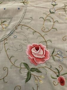 Vintage Sunham & Co 68x108 Tablecloth Taupe Cream Embroidered Floral New Oval