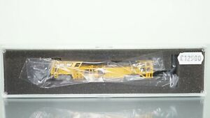 Hobbytrain 23500 Track and Ballast Tamping Machine Powered N scale