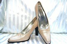 MADELEINE Dame Pumps beige Gr. 39 Echt Leder Business Shoes Prägung