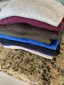 Lot of 8 assorted mens Banana Republic sweaters Size, small