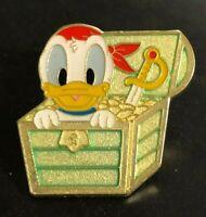 Disney Pin Trading Halloween Spiderweb Daisy Duck Bats Tokyo DisneySea Prize Pin