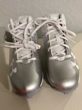 UNDER ARMOUR Boys Size 13 Baseball Cleats White With Silver