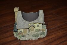 G16- Cottage Village House Candle Holder