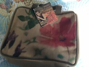 Ecotools Cosmetic OVERNIGHT BAG Tote A Silverstone EMBROIDERY QUILTING ORGANIZER