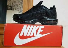 NIKE AIR MAX TN AIR MAX PLUS SIZE (9) BLACK BOXED NEW BARGAIN !!!