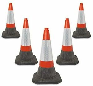5 LARGE  RED TRAFFIC CONES CONES - HEAVY DUTY  750 MM HIGH