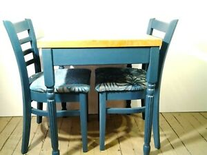 CMJS Oak Dinning Table and 2 Chairs