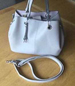Grey Handbag With Detachable Strap
