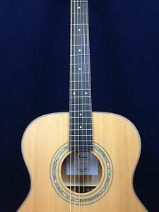 KLEMA K200JC Solid Cedar Top Small Jumbo Acoustic Guitar+Free Gig Bag,3 Picks