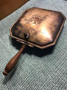 ANTIQUE EPC SILENT BUTLER Lidded Crumb Catcher Wood Handle #270