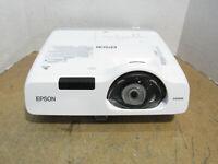 Epson PowerLite 520 3LCD XGA Projector 2700 Lumens 890 Lamp Hours & WLAN Adapter