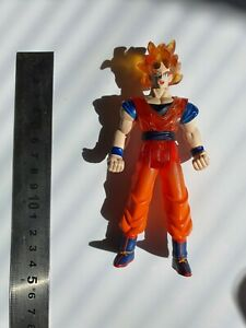 Dragon Ball Z Energy Glow S.s. Goku  (2002) Toy Action Figure
