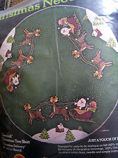 """Sultana Felt Applique Holiday TREE SKIRT Kit,CHRISTMAS DELIVERY,32112,Size 45"""""""