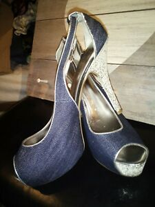 "Ladies GUESS Denim Sling Back Sparkle 4"" Heel Peep Toe Shoe Size 9.5"