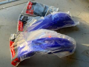 2002 00-05 Yamaha YZ250 Front Rear Fenders Number Plate Brand New