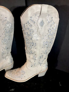 Women's Hollow Carved Glitter Inlay Crystal Western Boots Ivory Size 8/39