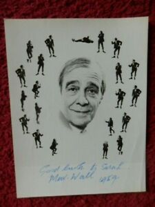 MAX WALL -   ENTERTAINER    -  AUTOGRAPHED PHOTO