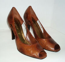 """New BCBG Girls Brown Leather Shoes Open Toe Hill 4"""", Size 8.5B"""