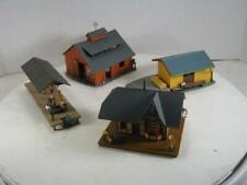 HO 4 Structures Stations & Barn