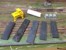 HO  scale parts lot    loads