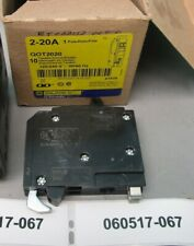 Square D Qot2020 1P 2-20 Amp 120/240 Vac Tandem Circuit Breaker New