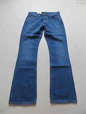 Lee L32 Herren-Bootcut-Jeans mit niedriger Bundhöhe (en)