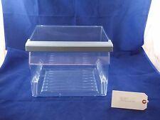 NEFF Fridge Freezer Bottom Drawer (LHS) 21x29.5x24cm Model No: K5930D1GB