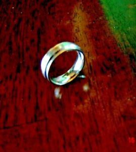 Mens TRITON STEEL  pre-owned Wedding Ring {size 10?} --- ---- ----  - - - -