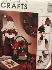 McCalls Sewing Pattern 8328 Christmas Ornaments Stocking Wreath Craft Uncut