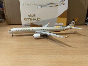 Etihad A350-1000 1:400 (Reg A6-XWB) PH11547 Phoenix