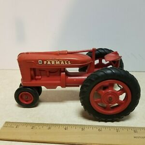 Toy Product Miniatures Farmall M plastic tractor