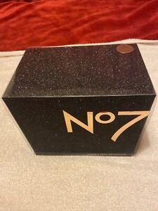 Boots no7 gift set In beautiful Black Glitter Box