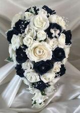 Fleurs, pétales et guirlandes bleu rose sans marque pour le mariage