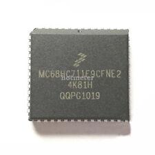 MC 68 HC 711 e 9 CFNE 2 incapsulamento: PLCC - 52, Microcontrollori