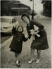 Olivia de Havilland con figlia Gisella, originale-PHOTO di 1961