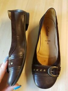 Gabor brown flat shoes size 5