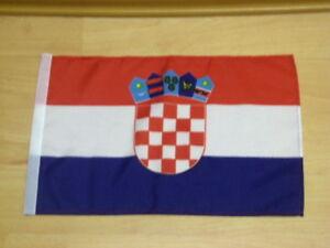 Fahne Flagge Kroatien Stockfahne mit Hohlsaum - 30 x 45 cm