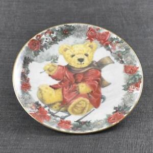 Franklin Mint Teddy's Winter Wonderland Teddy Plate Collectors Heirloom Bear