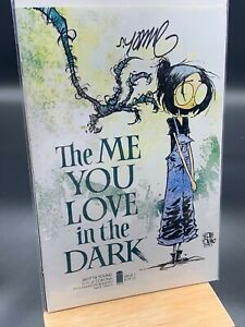THE ME YOU LOVE IN THE DARK #1 ~ SKOTTIE YOUNG SIGNED EXCLUSIVE W/COA ~ NM ☪