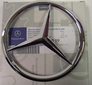 Mercedes-Benz a-Classe W168 calandre avant Mercedes Chrome emblème A1688880009