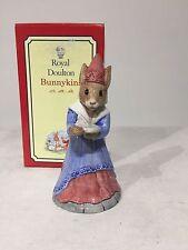 Royal Doulton Bunnykins figurine Sundial DB213