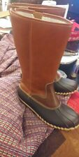 Womens duck boots size 9
