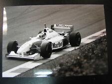Photo Marlboro McLaren Mercedes MP4/11 1996 #7 Mika Hakkinen (FIN) GP BEL z/w