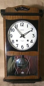 Seiko 30-day Winding Wall Clock Pendulum Chime & Key Japan Rare wood case