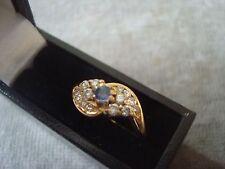 Ladies .750 18CT oro giallo diamante/Saphire 3.3g DIMENSIONE H in scatola ref 2526