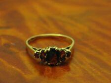 14kt 585 Gelbgold Ring mit 0,64ct Granat Besatz / 2,g / RG 57,5