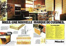 PUBLICITE ADVERTISING 116  1977   Miele (2p)  cuisines équipées