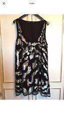Dorethy Perkins Superbe Noir avec Silver Sequins Court Robe de soirée Taille UK 12